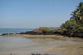 пляж Канагуиним, Гоа