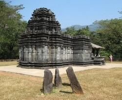 храм Махадев, Гоа, древний храм, джайнизм