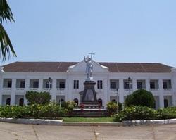 Panadzhi-dvorec-arkhiepiskopa-goa