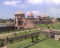 Dvorec-Dzhakhaz-Makhal-Mandu-Indiya