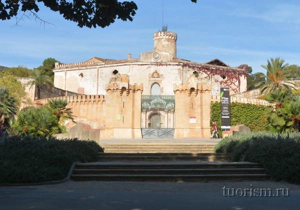 Парк Лабиринт, дворец Десвальс, Барселона