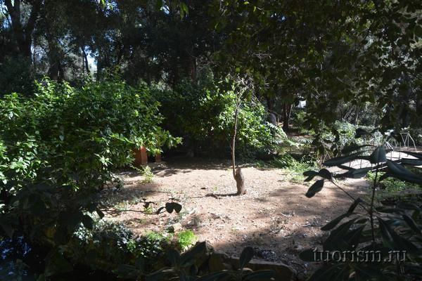 Остров влюблённых, парк Лабиринт Орта, Барселона