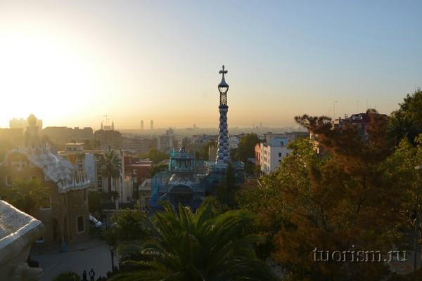 Парк Гуэля - малый павильон, Барселона