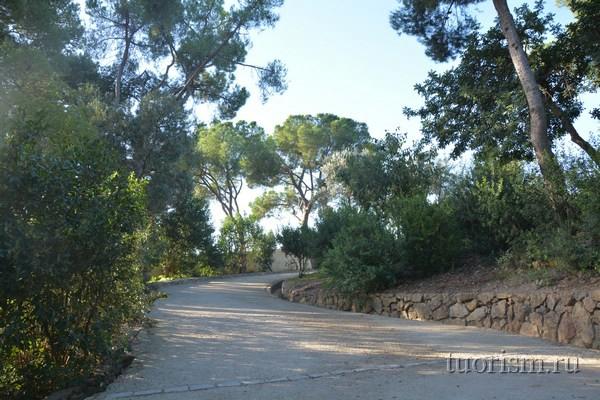 Парк Гуэля: дорога на Голгофу