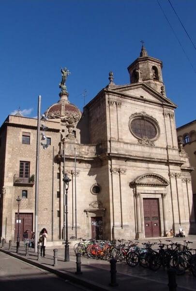 Базилика Милосердной Девы Марии, достопримечательность Барселоны