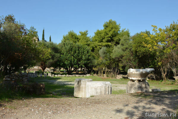 храм Ареса, агора, АФины, афинская агора, руины храма