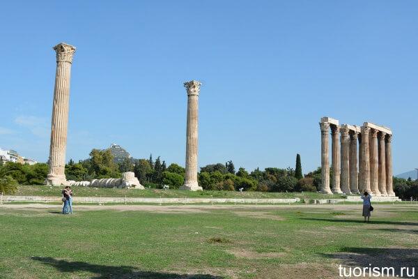 Храм Зевса Олимпийского, Temple of Olympian Zeus