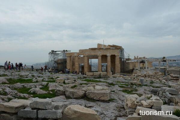 Скульптура Афины Промахос, достопримечательность Афин