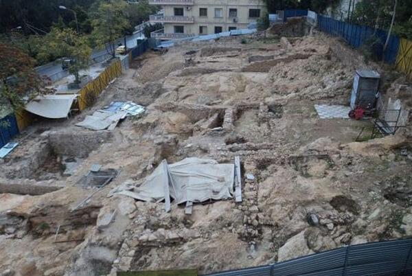 Храм Артемиды Агротеры, раскопки в Афинах