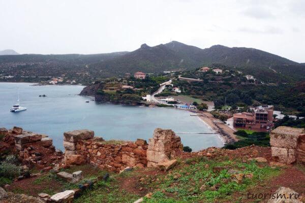 залив, мыс Сунион, Греция, циклопическая кладка, древняя стена, городская стена, стена поселения, обзор порта
