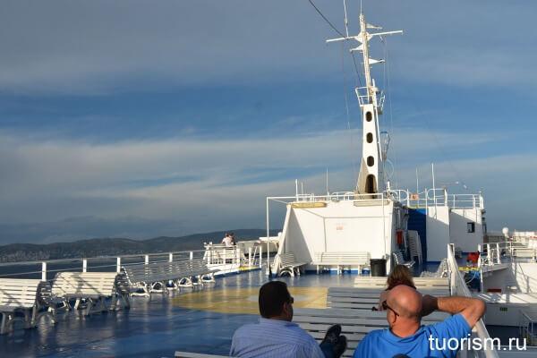 паром, верхняя палуба, корабль, с эгины в афины, 2wayferries