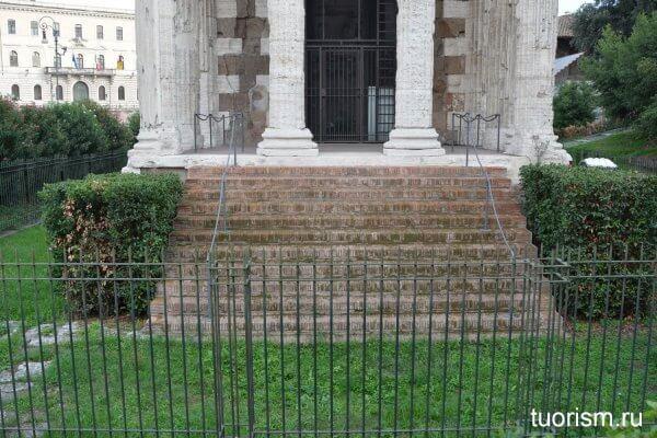лестница, храм Портуна, римский храм, Temple of Portunus, stairs, Rome
