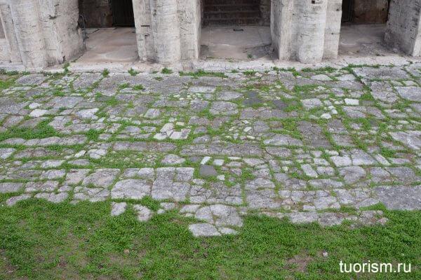 мощёная улица, каменный пол, театр Марцелла, Рим, римская кладка, мощение улицы, Древний Рим