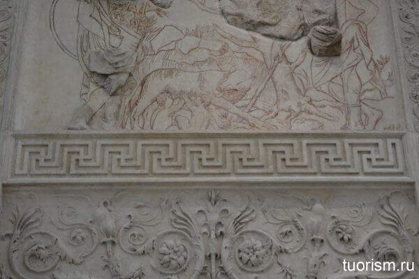 меандр, меандрова лента, рельеф, фриз, алтарь Мира