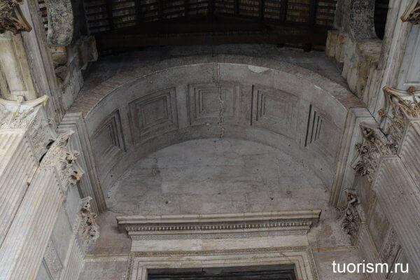 кессоны, кессонный потолок, Рим, Пантеон, облегчённый потолок, облегчённый свод