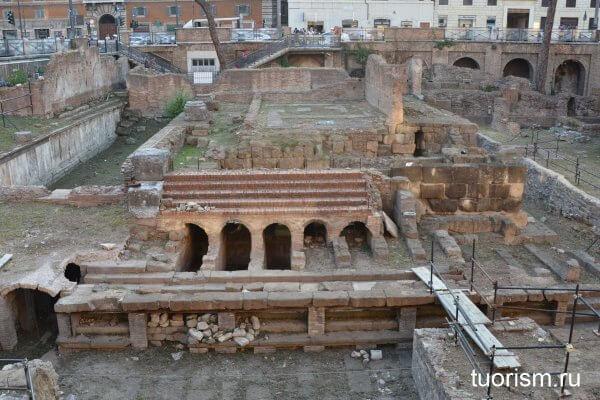 храм Феронии, площадь Торре-Арджентина, Рим, temple of Feronia, temple C