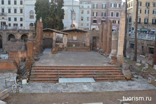 храм Ютурны, Рим, Торре Арджентина, Temple of Juturna, temple A