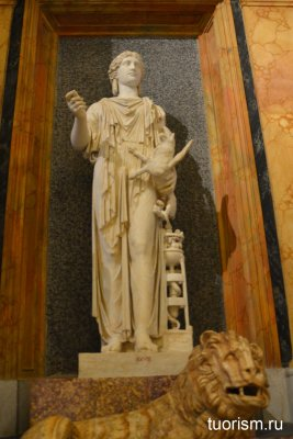 античная статуя, женщина, галерея Боргезе, экспонат, скульптура