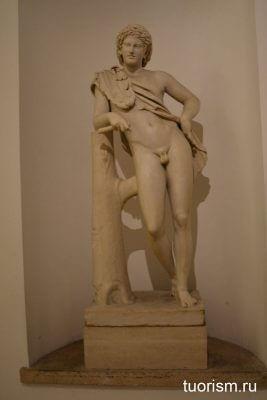статуя Геркулеса, Древний Рим, Капитолийские музеи, Табуларий, hercules statue