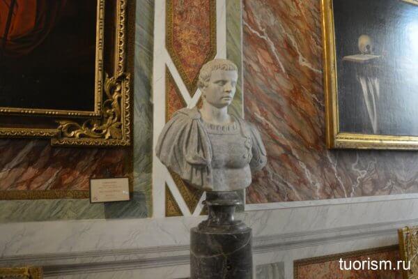римский бюст, галерея Боргезе, зал 8