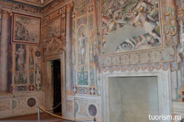 камин, Тибуртинский зал, фрески, вилла д'Эсте