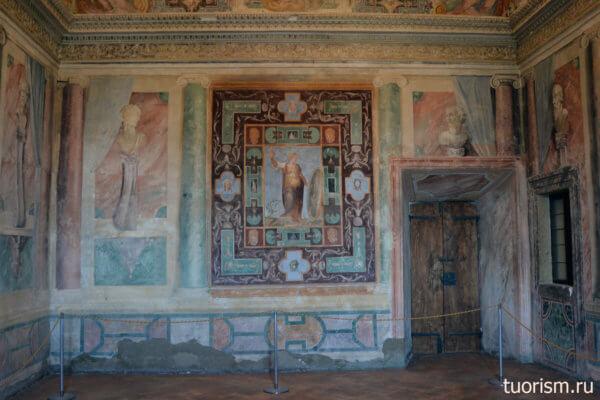 зал Благородства, настенные росписи, вилла д'Эсте, нарисованные бюсты