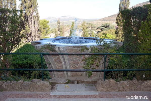 фонтан Биккьероне, Бернини, вилла д'Эсте, фонтан кубок, Fountain of the Bicchierone, Bernini, villa d'Este