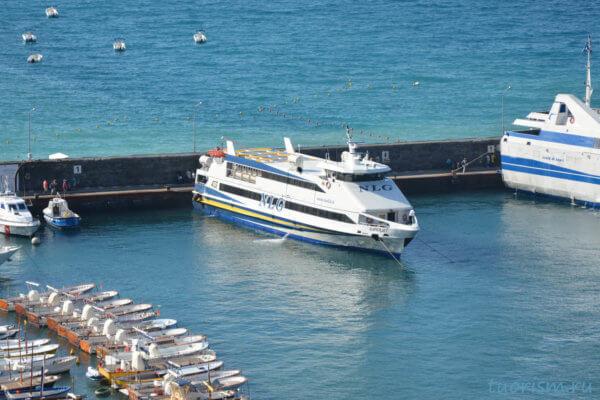 Паром, NLG, Капри, причал, марина гранде, ferry, marina grande, blue water, Capri, Capri island