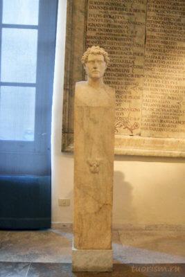 герма, Капитолийские музеи, столб, голова