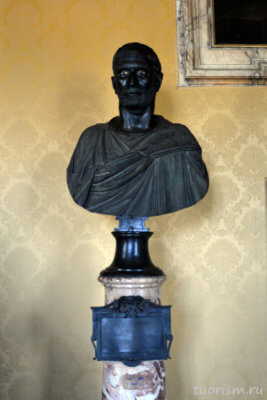 Капитолийский Брут, Брут капитолийский, бюст, этрурия, этрусский бюст, Капитолийские музеи, Capitoline Brutus, oldest Roman portrait, Capitoline museums