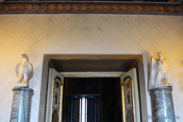 орлы, скульптуры, два, Капитолийские музеи, Roman eagles, hall of the eagles. Capitoline museums
