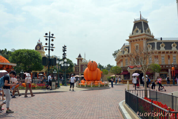 городская площадь, главная площадь, Диснейленд, Гонконг, Хеллоуин, main square, town square, Disneyland, Hong Kong, Halloween