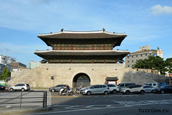 Ворота Хынъинджимун, Тондэмун, Сеул, достопримечательность, что посмотреть, Heunginjimun, gate, Seoul, sights