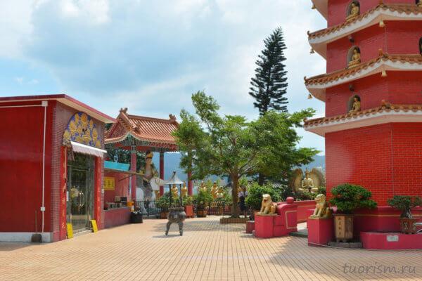 павильон, пагода, Гонконг, монастырь, красные здания, красный монастырь, гонконгский монастырь, на холме, буддистский монастырь, фейковый монастырь